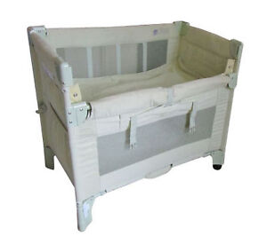 Arms Reach Co-Sleeper Bassinet