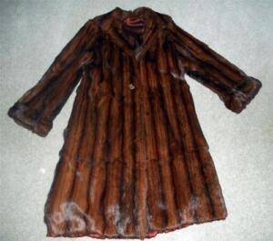 Beautiful Vintage 1940 S Long Mink Fur Coat Big Buttons S