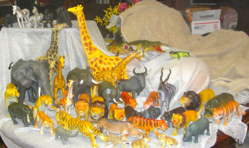 BIG QUALITY PLASTIC ZOO JUNGLE TOY ANIMAL LOT OF 45 PRESCHOOL SCIENCE PLAY in Toys & Hobbies, Educational, Science & Nature | eBay