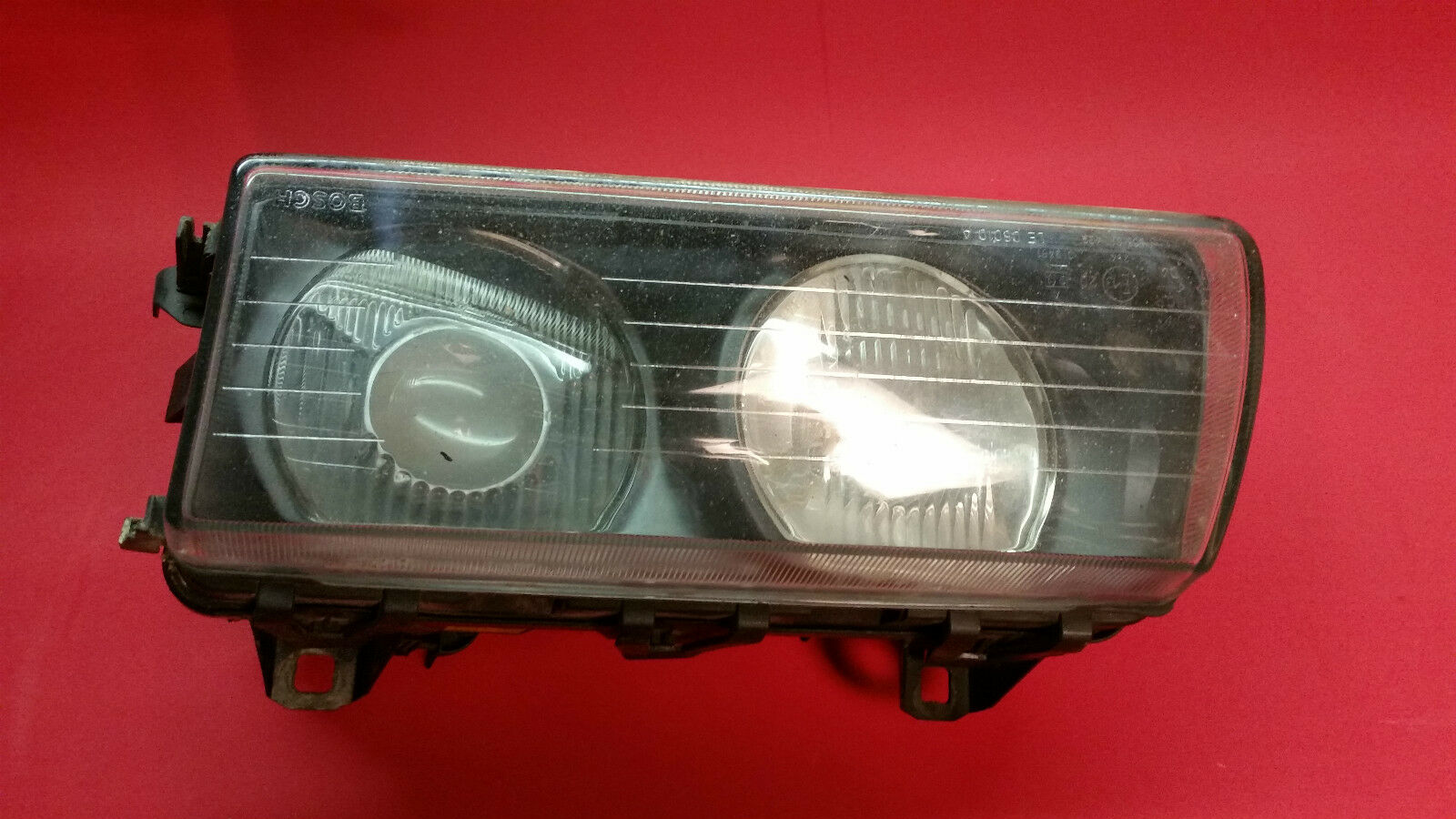 bmw e36 shrouds blenden rechts links bosch h1. Black Bedroom Furniture Sets. Home Design Ideas