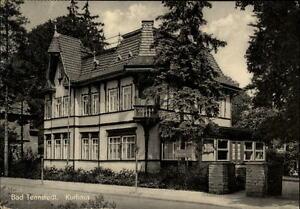 Bad-Tennstedt-Thueringen-alte-DDR-Postkarte-1961-Strassenpartie-am-Kurhaus-Garten