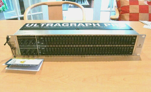 Behringer Ultragraph FBQ Pro FBQ3102 31-band Stereo Graphic EQ in Musical Instruments & Gear, Pro Audio Equipment, Signal Processors/Rack Effects | eBay