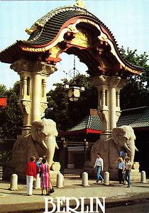 Berlin-Elefantentor-in-der-Budapester-Strasse-Ansichtskarte