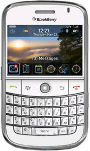 BlackBerry Bold 9000 - 1 GB - White (Unl...
