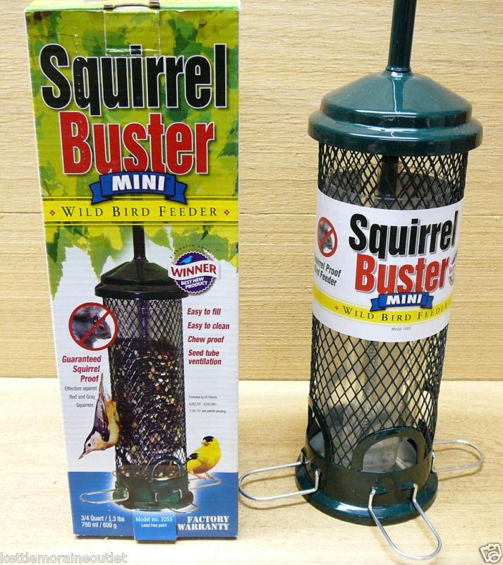 Brome Squirrel Buster Mini Squirrel Proof Bird Feeder