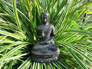Buddha-Bronze-Moench-Monk-Handarbeit-segnende-Hand-Lotus-Thron-Buddhismus