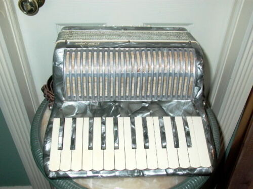 Butti & Son Vintage Accordion Made in Italy For Repair or Parts in Musical Instruments & Gear, Accordion & Concertina | eBay