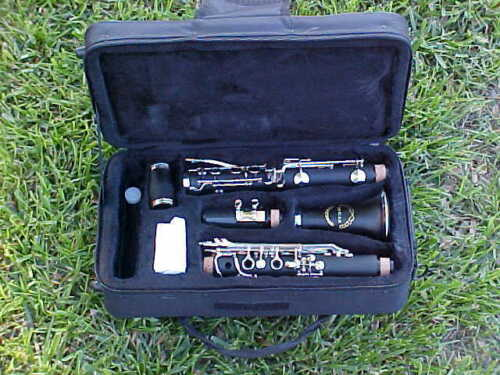 CLARINETS-NEW 2013 WOOD GRAIN B FLAT CONCERT BAND CLARINET-BANKRUPTCY-MINT in Musical Instruments & Gear, Woodwind, Clarinet | eBay