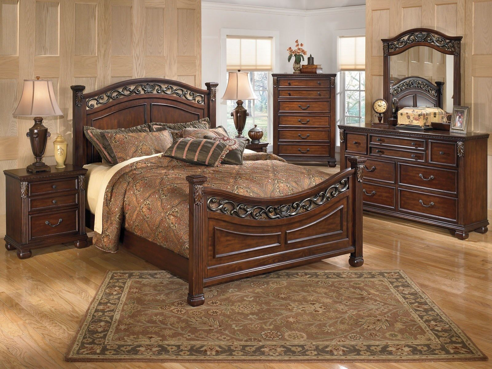 King Bedroom Furniture Sets further Solid Wood Bedroom Furniture Sets ...