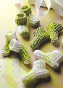 Free Yoda Baby Bottle Knit Cozy Pattern -