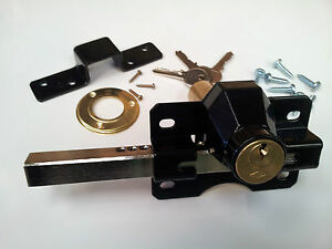 Cays garden gate rim lock for driveway side gates sheds for Driveway gate lock