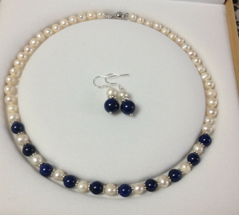 Pearl Necklace Akoya: Charming!White Akoya Cultured Pearl/Lapis Lazuli Necklace