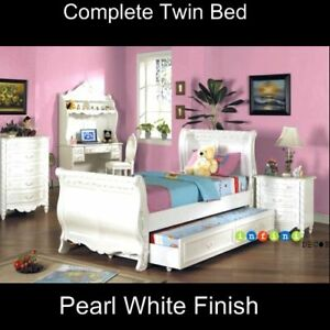 Children youth white twin size frame girlebay portable for Girls twin bed frame