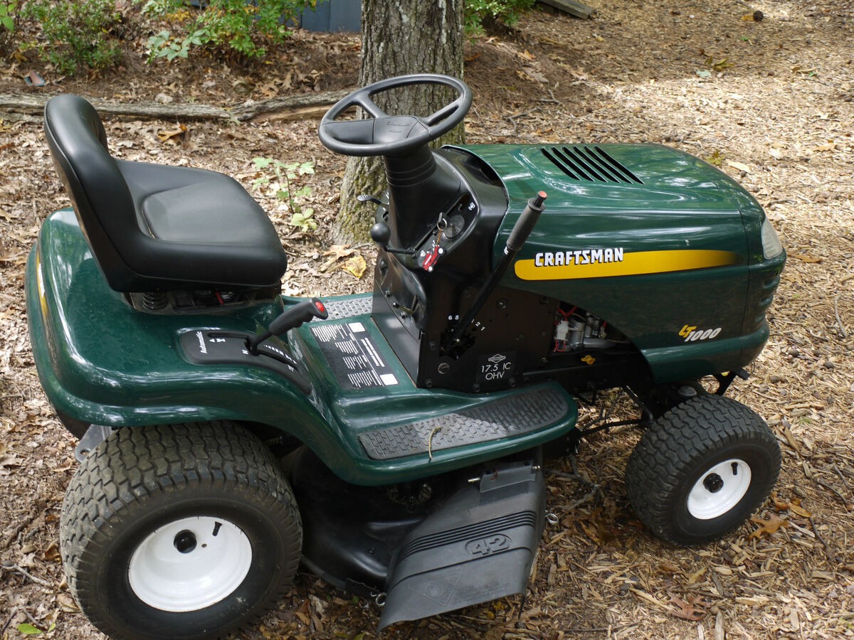 Lt1000 17 5 hp 42 riding lawn mower garden tractor for Craftsman 17 5 hp motor