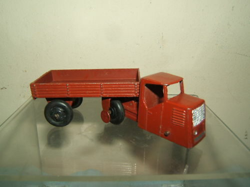 Dinky Toys No 33W Mechanical Horse Open Truck Trailer
