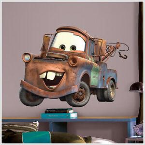 Dibujos animados maleducadosanimacioncontactoayudacomo for Disney pixar cars mural wallpaper