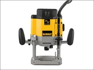 Router on Dewalt Dw625ek Gb Dw625ek 1 2in Plunge Router 2000w 240v   Ebay