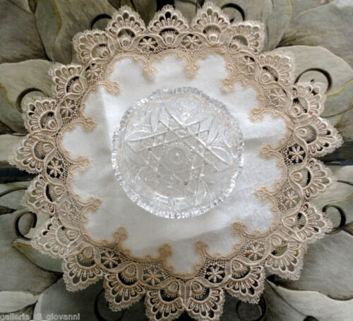 "Delicate gold Trim Doily  Estate Design  23""  Rd"