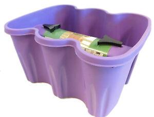 design blumenkasten f r ein balkongel nder in lavendel. Black Bedroom Furniture Sets. Home Design Ideas