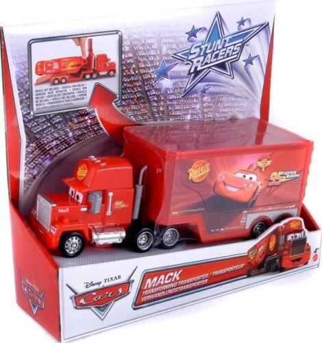 Lightning Mcqueen Mack Truck Hauler : Disney cars stunt racers lightning mcqueen mack truck