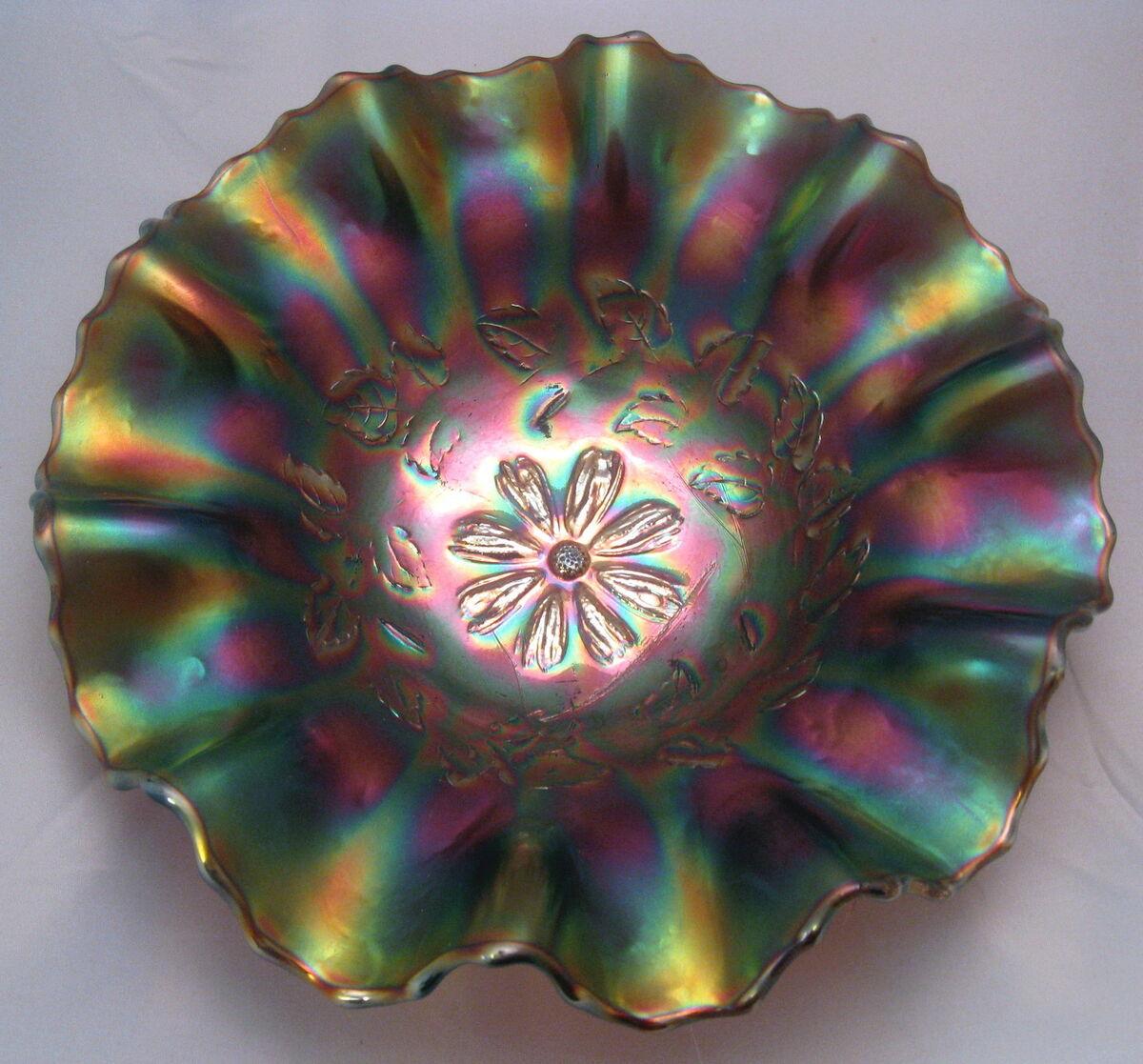 Dugan Amethyst Cosmos Variant 9 1 4 Carnival Glass Bowl w Ten Ruffles