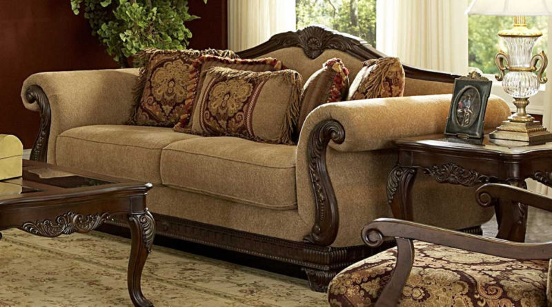 Living room furniture victorian style for Antique style living room furniture