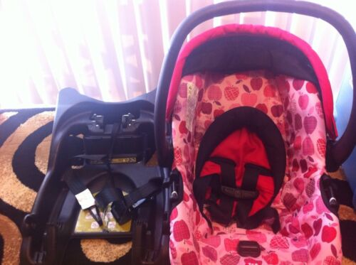 EUC Safety 1st Car Seat And Base...Very Cute For Baby Girl in Baby, Car Safety Seats, Infant Car Seat 5-20 lbs | eBay