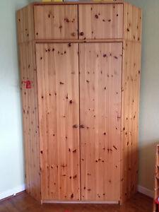 eckkleiderschrank schrank eckschrank kiefer massiv ebay. Black Bedroom Furniture Sets. Home Design Ideas