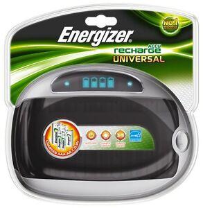 Energizer-Universal-Akku-Tisch-Ladegeraet-fuer-AA-AAA-C-D-9V-mit-LCD-Anzeige