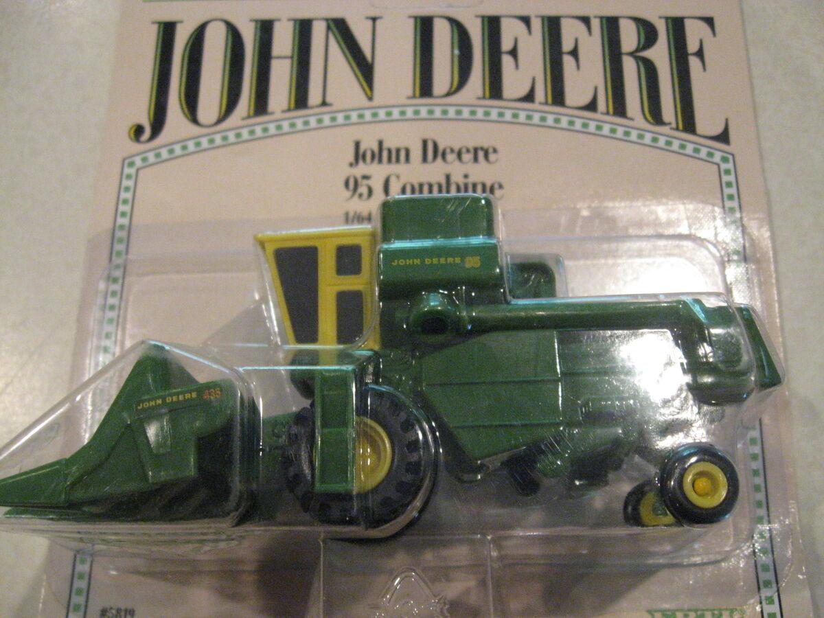 Ertl 1/64 scale replica farm toy John Deere 95 combine on