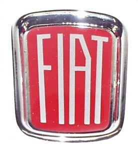 fiat 500 f l r mascherina originale logo stemma fiat in metallo smaltato cromato ebay. Black Bedroom Furniture Sets. Home Design Ideas