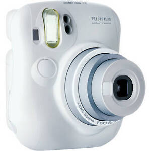 FUJIFILM instax mini 25 Medium Format In...