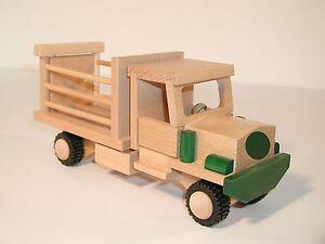 fahrzeug drewa mini truck lkw tiertransporter aus holz kinder neu spielzeug ebay. Black Bedroom Furniture Sets. Home Design Ideas