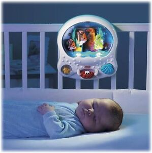 Fisher Price Ocean Wonders Aquarium Crib Soother Music And