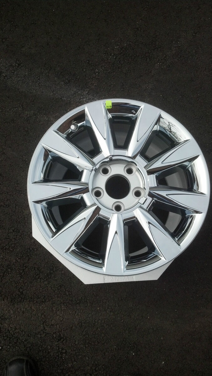 "Ford Fusion Lincoln MKZ Mercury Milan 17"" Chrome Wheel"