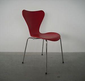 fritz hansen 3107 arne jacobsen lasiert rot stuhl stapelstuhl ebay. Black Bedroom Furniture Sets. Home Design Ideas