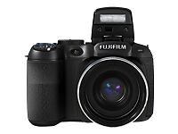 Fujifilm FinePix S2950 14.0 MP Digital C...