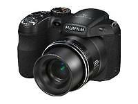 Fujifilm FinePix S2950 14,0 MP Digitalka...