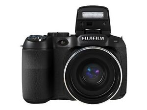 Fujifilm FinePix S2980 14.0 MP Digital C...