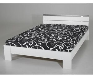 futonbett jugendbett g stebett weiss cora 140 x 200 cm mit rost matratze ebay. Black Bedroom Furniture Sets. Home Design Ideas