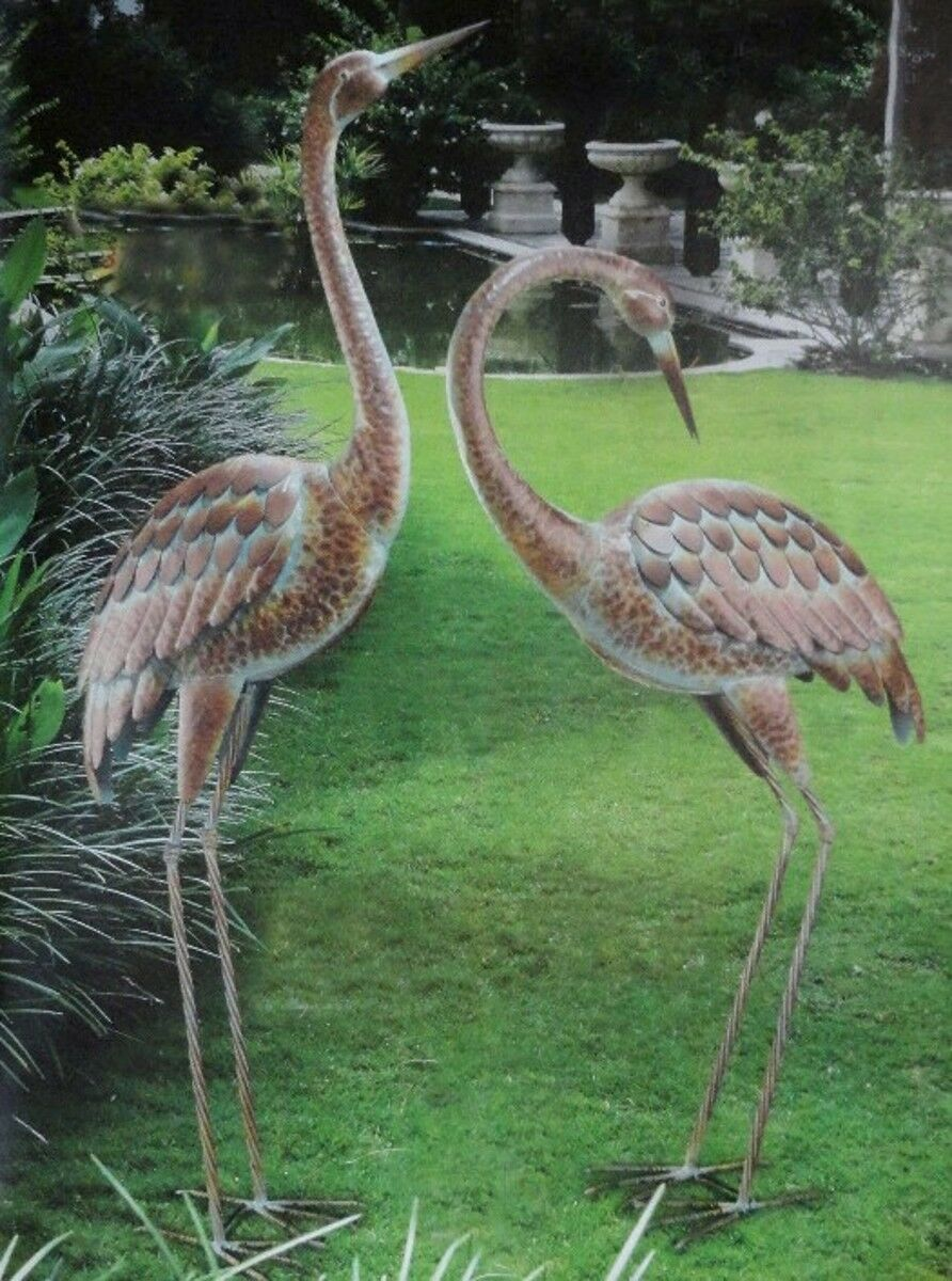 Garden crane pair statues heron bird sculpture metal for Decoration jardin metal