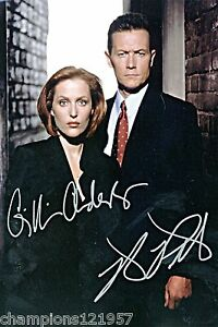 Gillian-Anderson-Autogramm-AKTE-X-2