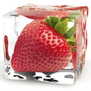Glasbild gefrorene erdbeere eiswurfel kuchendekoration for Küchendekoration