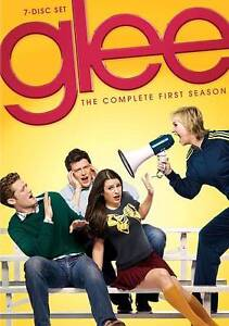 Glee-The-Complete-First-Season-DVD-2010-7-Disc-Set