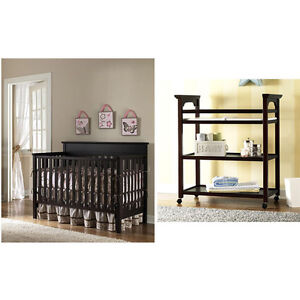 Graco Lauren 4 in 1 Crib and Changing Table 4 Finishes to ...