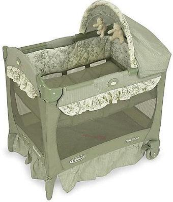 Graco Pack N Play Travel Lite Mini Windsor Portable Crib