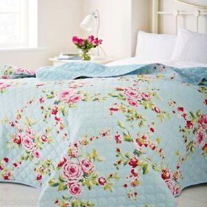 gro es landhaus blumen blau rosa 240 x 260 bettdecke. Black Bedroom Furniture Sets. Home Design Ideas
