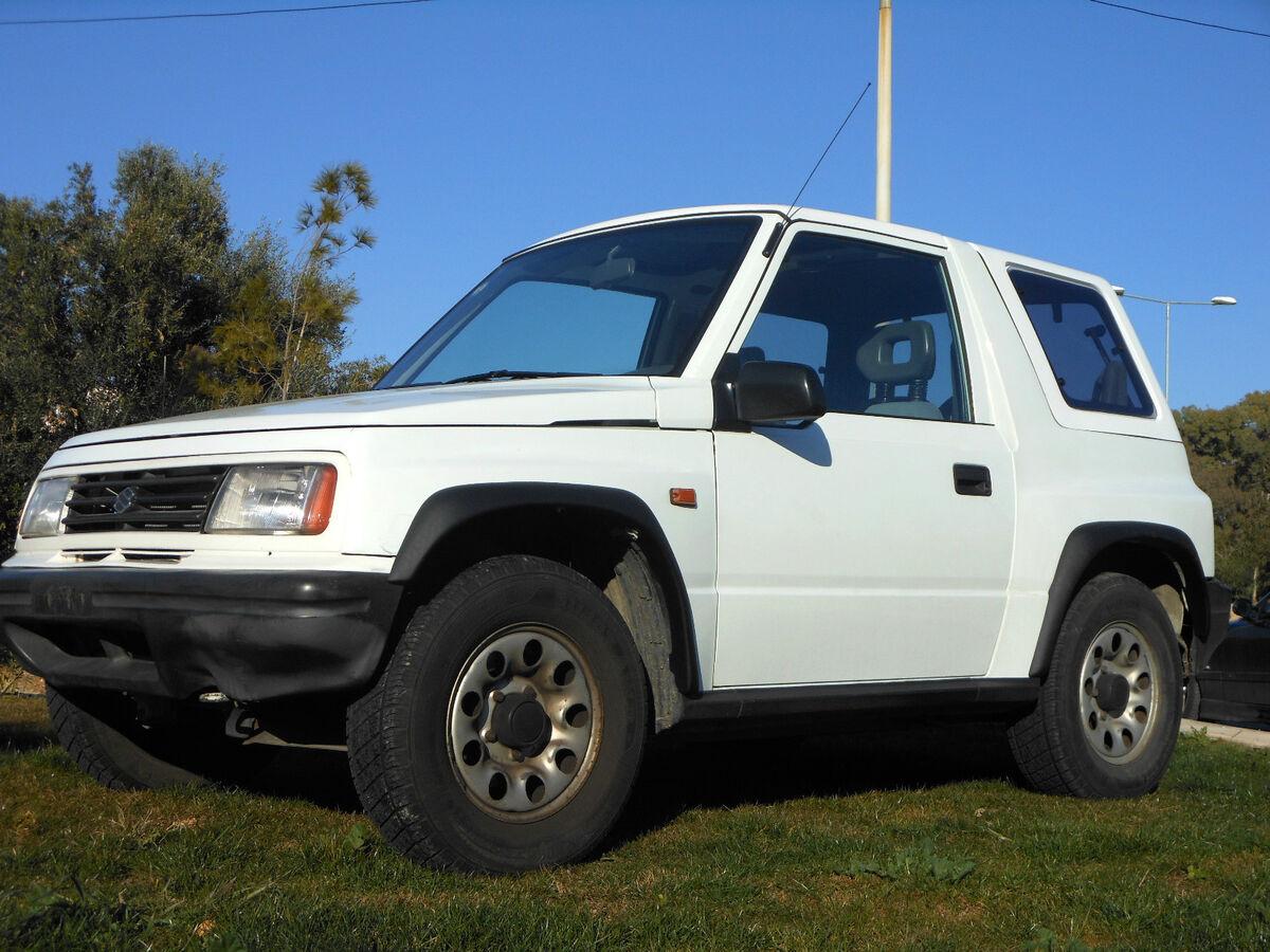 Geo Tracker Suzuki Sidekick Hardtop