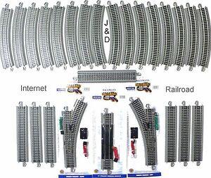 HO-SCALE-MODEL-RAILROAD-TRAINS-LAYOUT-BACHMANN-SILVER-EZ-TRACK-SUPER