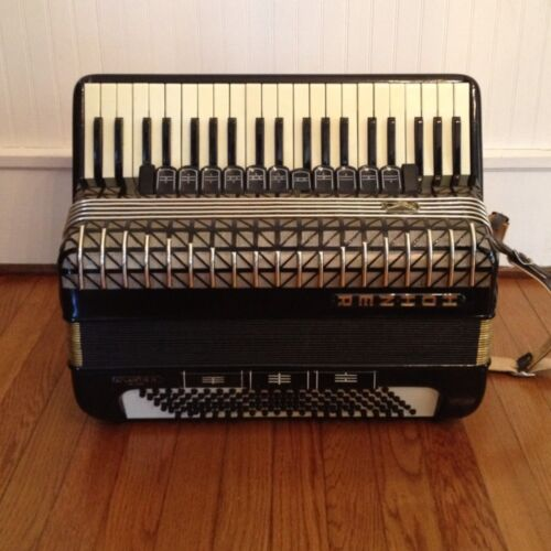 HOHNER Atlantic IV De Luxe Accordion Musette Great Condition in Musical Instruments & Gear, Accordion & Concertina   eBay